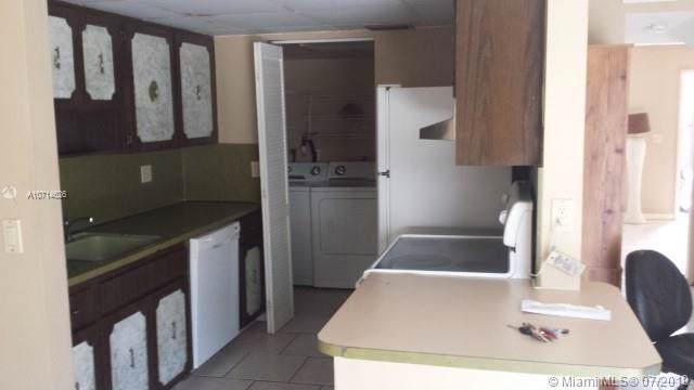 6626 SW 41st Pl #21, Davie, FL 33314 (MLS #A10714626) :: Grove Properties