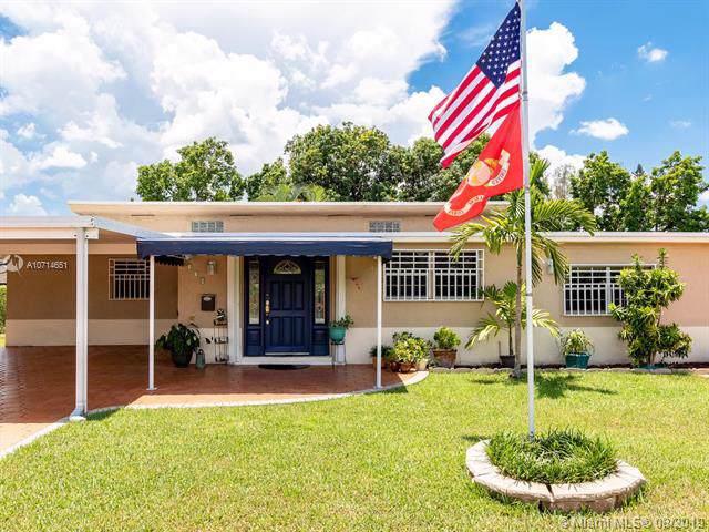 258 W 46th St, Hialeah, FL 33012 (MLS #A10714651) :: The Paiz Group