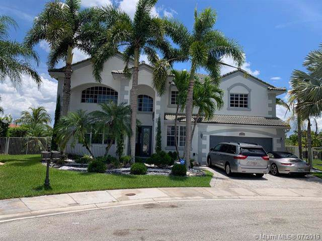 1714 Osprey Bnd, Weston, FL 33327 (MLS #A10714725) :: Green Realty Properties