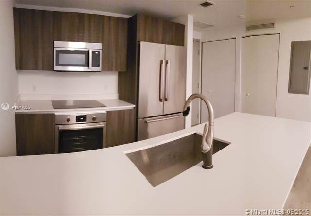 488 NE 18th St #207, Miami, FL 33132 (MLS #A10714855) :: Ray De Leon with One Sotheby's International Realty