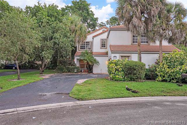 1030 NW 103rd Ave, Plantation, FL 33322 (MLS #A10715295) :: The Teri Arbogast Team at Keller Williams Partners SW
