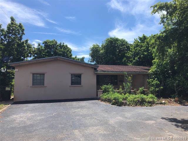 7571 Lasalle Blvd, Miramar, FL 33023 (MLS #A10715405) :: The Jack Coden Group