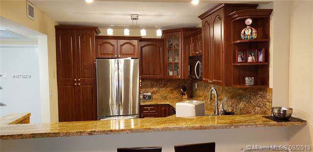 2030 S Ocean Dr #1901, Hallandale, FL 33009 (MLS #A10716279) :: Grove Properties