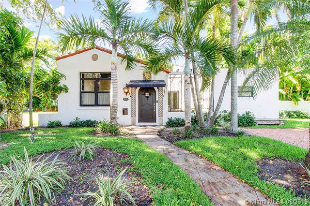 322 Viscaya Ave, Coral Gables, FL 33134 (MLS #A10716691) :: The Jack Coden Group