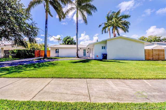 9814 SW 195th St, Cutler Bay, FL 33157 (MLS #A10716825) :: Berkshire Hathaway HomeServices EWM Realty