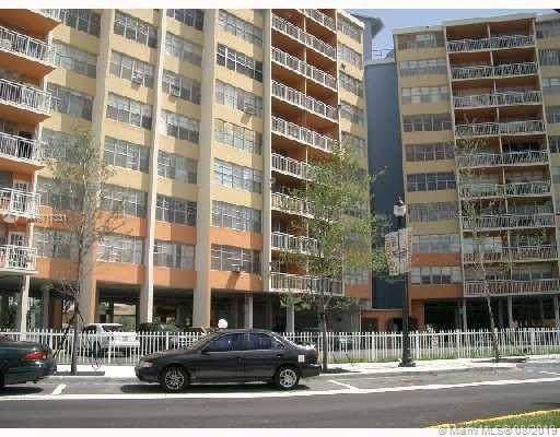 2025 NE 164th St #808, North Miami Beach, FL 33162 (MLS #A10717331) :: The Paiz Group