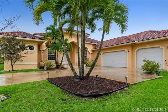 1640 NW 114th Ave, Plantation, FL 33323 (MLS #A10717715) :: Grove Properties
