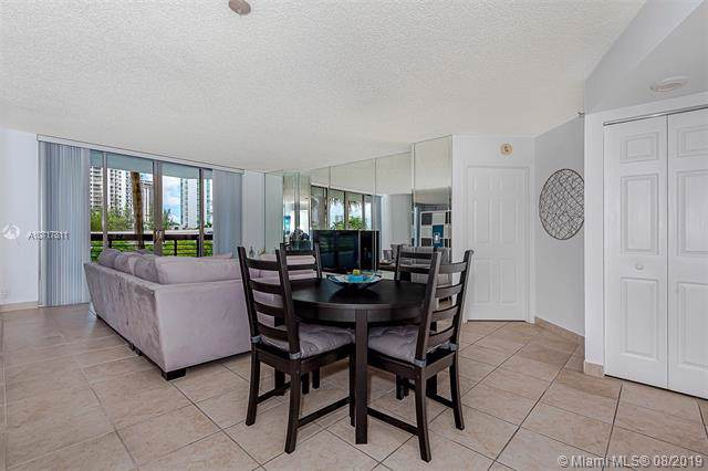 3500 Mystic Pointe Dr #404, Aventura, FL 33180 (MLS #A10717811) :: RE/MAX Presidential Real Estate Group