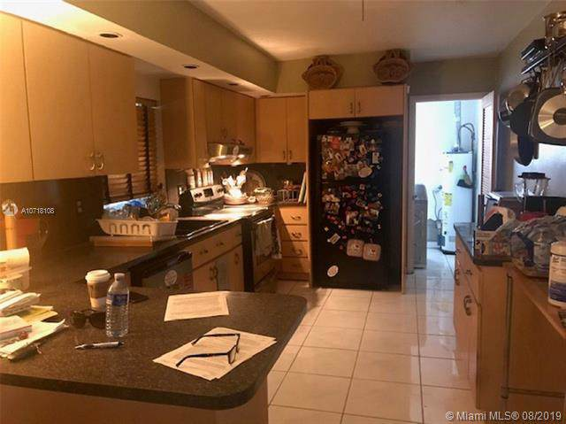 2000 N 38th Ave, Hollywood, FL 33021 (MLS #A10718108) :: Castelli Real Estate Services