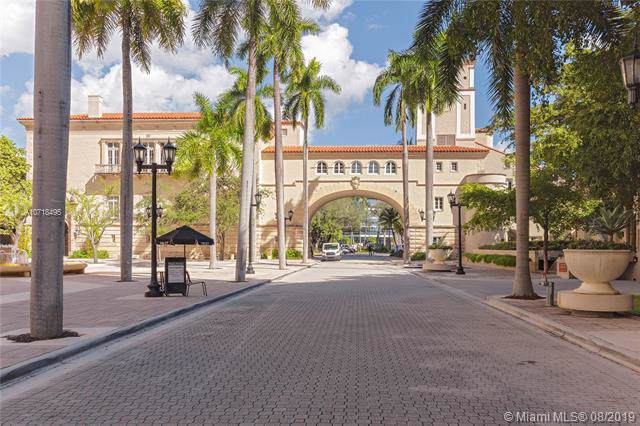 888 S Douglas Rd #504, Coral Gables, FL 33134 (MLS #A10718495) :: The Jack Coden Group