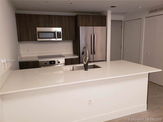 488 NE 18th St #307, Miami, FL 33132 (MLS #A10718707) :: Ray De Leon with One Sotheby's International Realty