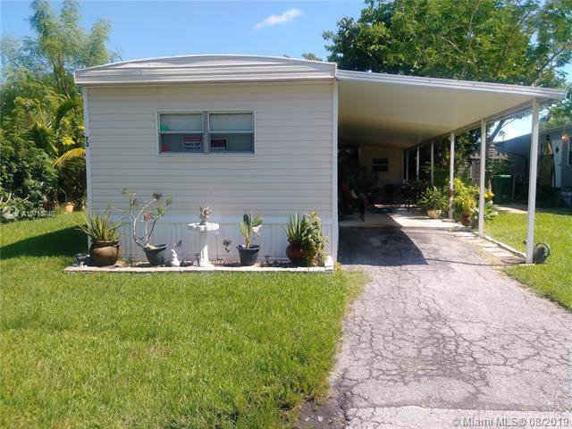 4800 Lot 73 S Pine Island Rd, Davie, FL 33328 (#A10718740) :: Dalton Wade