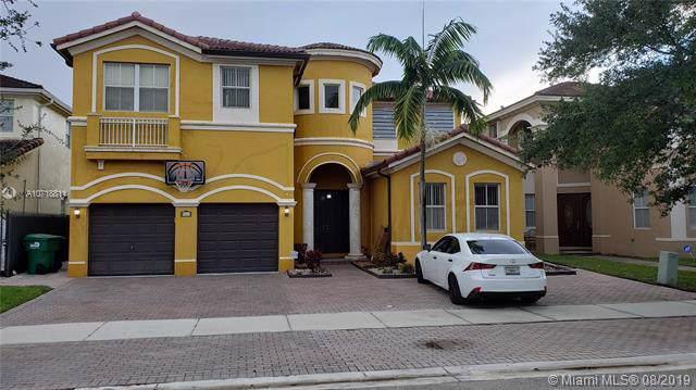 8967 NW 178th Ln, Hialeah, FL 33018 (MLS #A10718811) :: Grove Properties