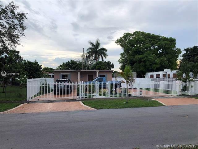 15600 NW 157th St Rd, Miami Gardens, FL 33054 (MLS #A10719124) :: Grove Properties