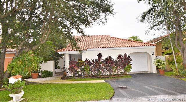11712 SW 92nd Ln, Miami, FL 33186 (MLS #A10719201) :: Berkshire Hathaway HomeServices EWM Realty