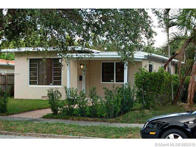 1551 Madison St, Hollywood, FL 33020 (MLS #A10719625) :: Castelli Real Estate Services