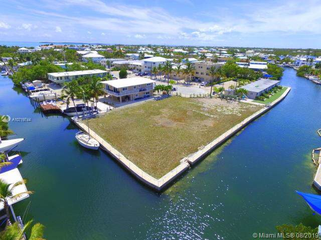 301 Buttonwood Cir, Other City - Keys/Islands/Caribbean, FL 33037 (MLS #A10719744) :: Berkshire Hathaway HomeServices EWM Realty