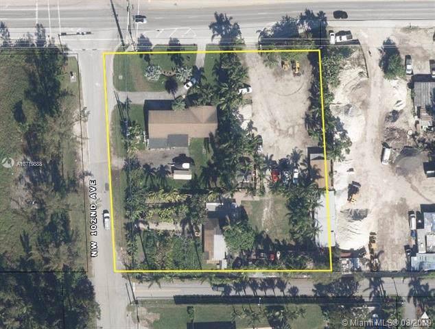 10188 NW 138th St, Hialeah Gardens, FL 33018 (MLS #A10719888) :: Grove Properties