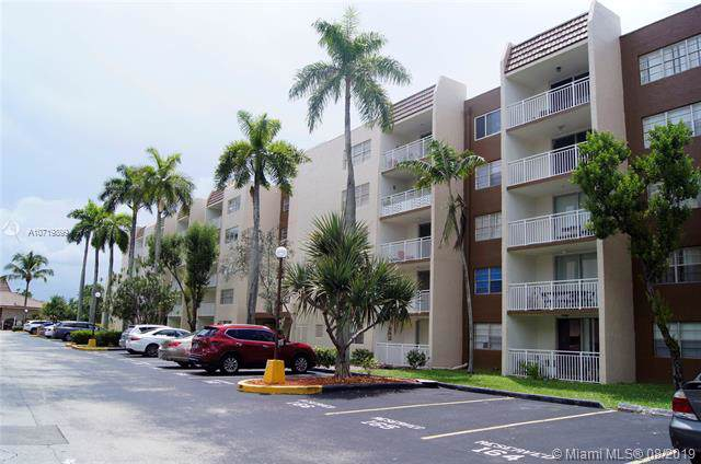 6930 Miami Gardens Dr 1-505, Hialeah, FL 33015 (MLS #A10719899) :: Lucido Global