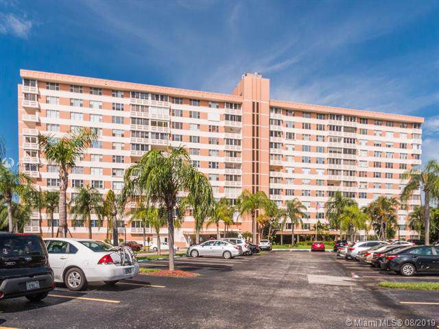 3850 Washington St #102, Hollywood, FL 33021 (MLS #A10719979) :: RE/MAX Presidential Real Estate Group