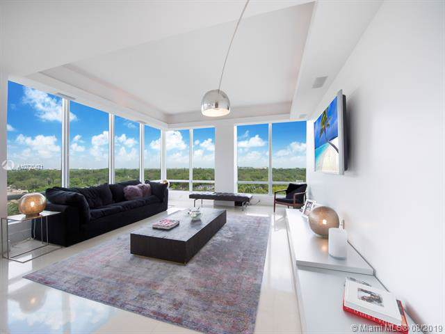 60 Edgewater Dr 9H, Coral Gables, FL 33133 (MLS #A10720471) :: The Maria Murdock Group