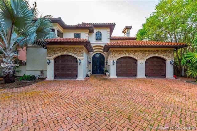 674 Ocean Blvd, Golden Beach, FL 33160 (MLS #A10720534) :: ONE Sotheby's International Realty