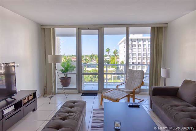 5601 Collins Ave #521, Miami Beach, FL 33140 (MLS #A10721187) :: The Paiz Group