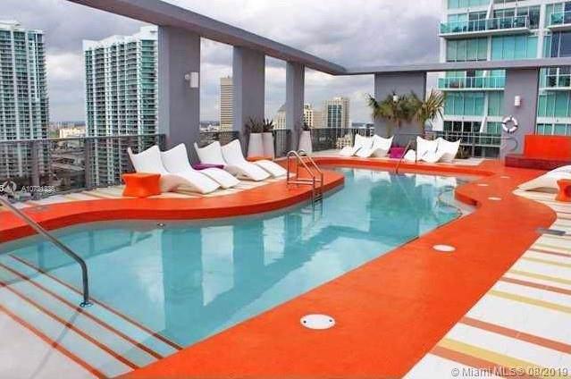 31 SE 6th St #2604, Miami, FL 33131 (MLS #A10721338) :: Berkshire Hathaway HomeServices EWM Realty