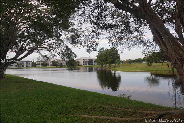 9230 Lagoon Pl #204, Davie, FL 33324 (MLS #A10721364) :: RE/MAX Presidential Real Estate Group