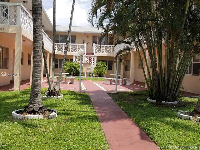 1643 Wiley St #9, Hollywood, FL 33020 (MLS #A10721746) :: Castelli Real Estate Services