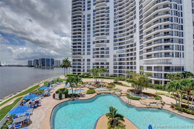 19101 NE Mystic Pointe Dr #2112, Aventura, FL 33180 (MLS #A10721839) :: Ray De Leon with One Sotheby's International Realty