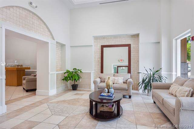 50 Menores Ave #826, Coral Gables, FL 33134 (MLS #A10722100) :: Ray De Leon with One Sotheby's International Realty