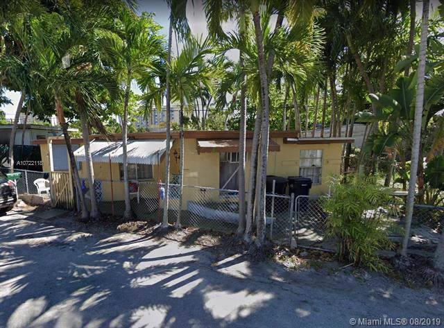 2250 NE 136th St, North Miami Beach, FL 33181 (MLS #A10722118) :: Ray De Leon with One Sotheby's International Realty