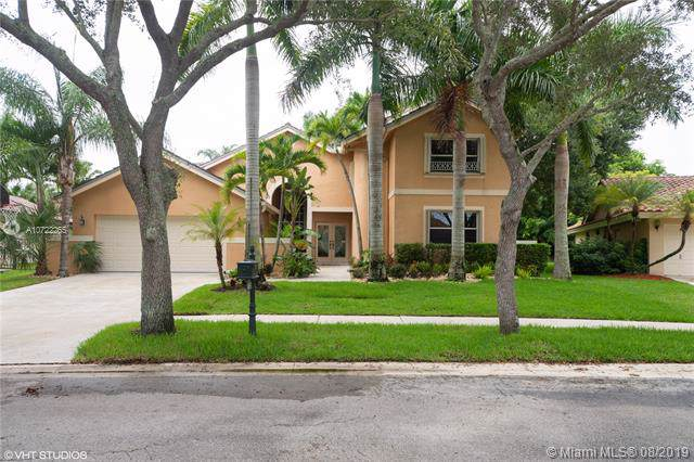 1653 Eastlake Way, Weston, FL 33326 (MLS #A10722265) :: Berkshire Hathaway HomeServices EWM Realty