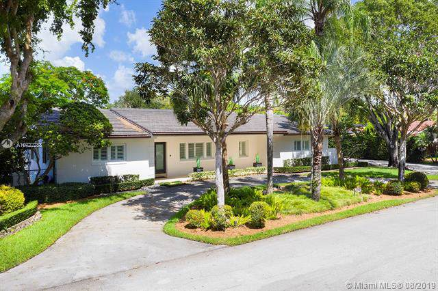12790 SW 70th Ave, Pinecrest, FL 33156 (MLS #A10722288) :: The Riley Smith Group