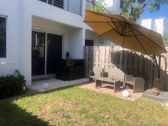 10242 NW 72nd St #10242, Doral, FL 33178 (MLS #A10722364) :: The Jack Coden Group