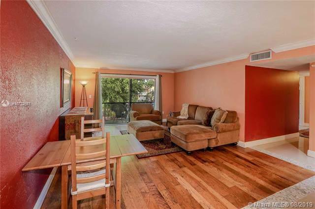 13700 SW 62nd St #204, Miami, FL 33183 (MLS #A10722693) :: Berkshire Hathaway HomeServices EWM Realty