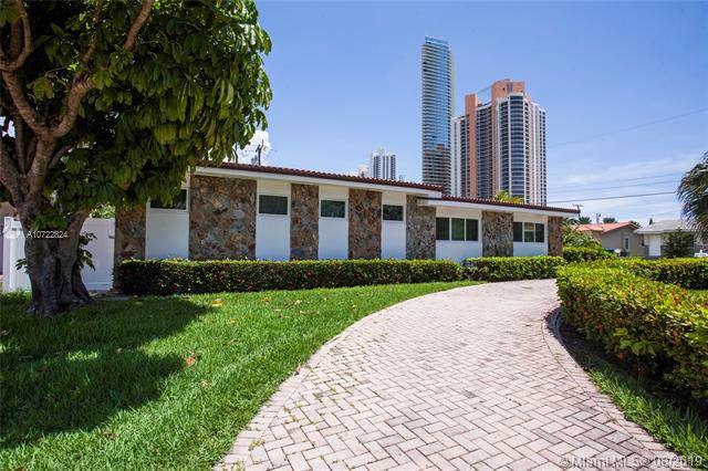 205 187th St, Sunny Isles Beach, FL 33160 (MLS #A10722824) :: Grove Properties