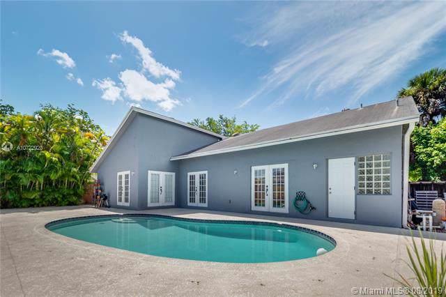 13741 SW 108th St, Miami, FL 33186 (MLS #A10722920) :: Berkshire Hathaway HomeServices EWM Realty