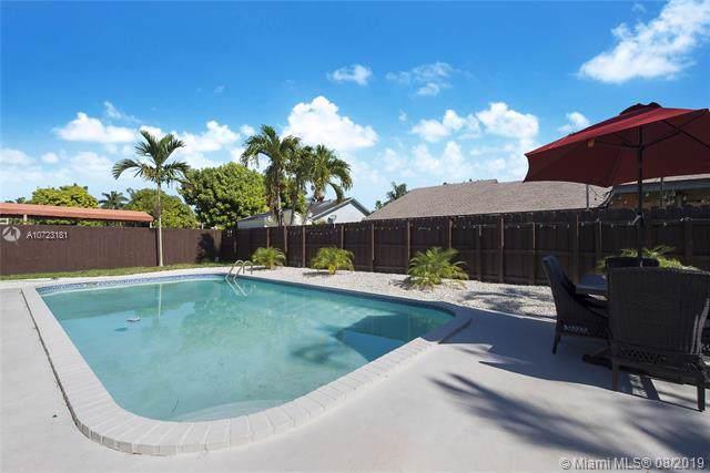 10431 SW 145th Ct, Miami, FL 33186 (MLS #A10723181) :: Miami Villa Group