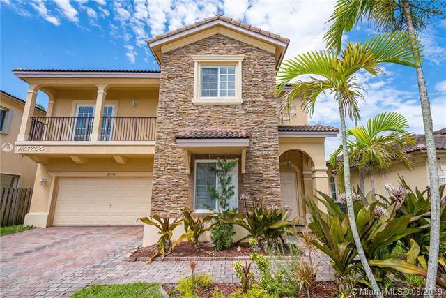 22554 SW 94th Ct, Cutler Bay, FL 33190 (MLS #A10723295) :: Berkshire Hathaway HomeServices EWM Realty