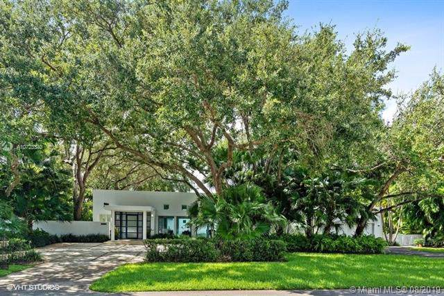 8750 SW 106th St, Miami, FL 33176 (MLS #A10723340) :: The Riley Smith Group