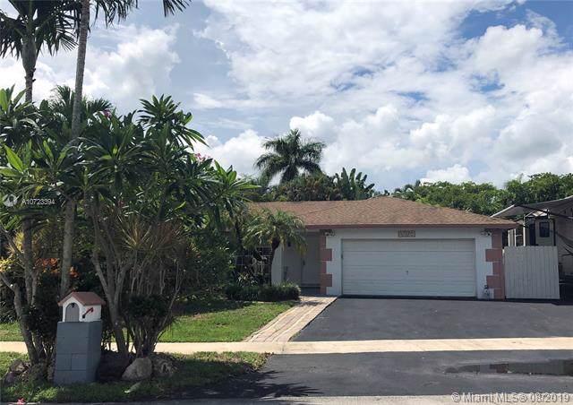 12820 SW 9th Pl, Davie, FL 33325 (MLS #A10723394) :: Green Realty Properties
