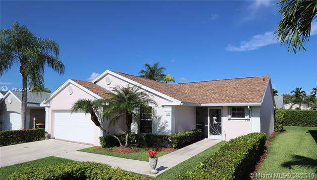 642 SE 27th Dr, Homestead, FL 33033 (MLS #A10723446) :: The Jack Coden Group