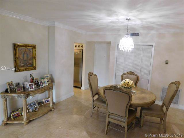 3850 Washington St #203, Hollywood, FL 33021 (MLS #A10723518) :: Castelli Real Estate Services