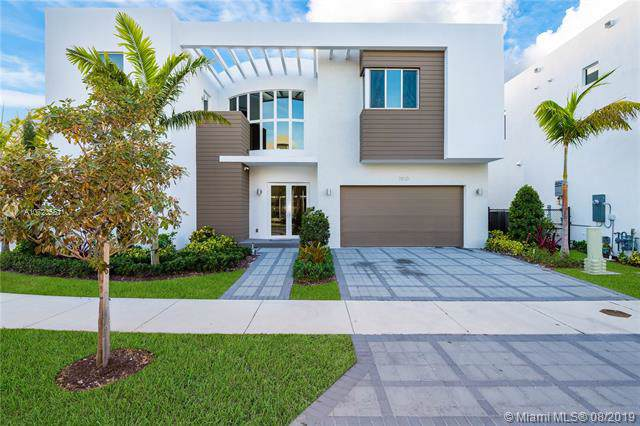 7510 NW 101st Ave, Doral, FL 33178 (MLS #A10723561) :: Grove Properties