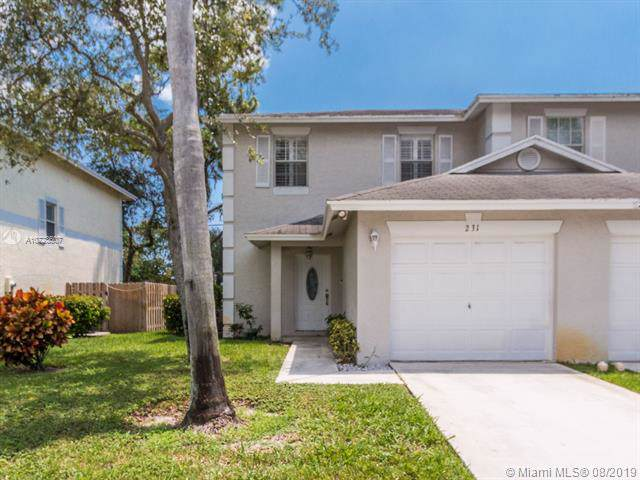 231 Leland Ln, Green Acres, FL 33463 (MLS #A10723607) :: Ray De Leon with One Sotheby's International Realty