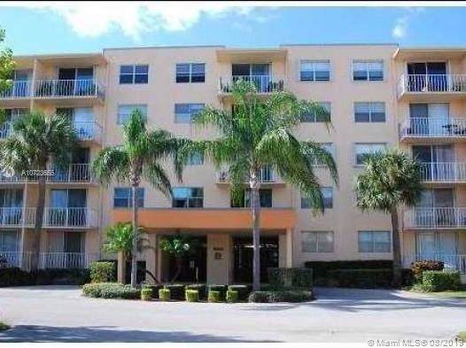 500 Executive Center Dr 3B, West Palm Beach, FL 33401 (MLS #A10723655) :: Ray De Leon with One Sotheby's International Realty