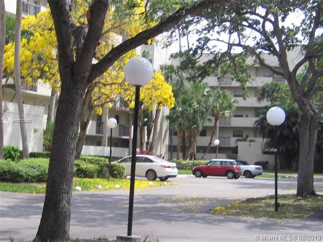 3100 NW 42nd Ave D204, Coconut Creek, FL 33066 (MLS #A10723663) :: Ray De Leon with One Sotheby's International Realty