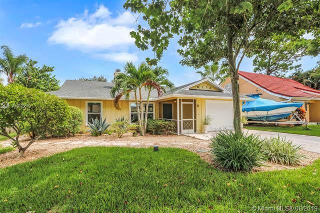 6173 Barbara St, Jupiter, FL 33458 (MLS #A10723679) :: Berkshire Hathaway HomeServices EWM Realty